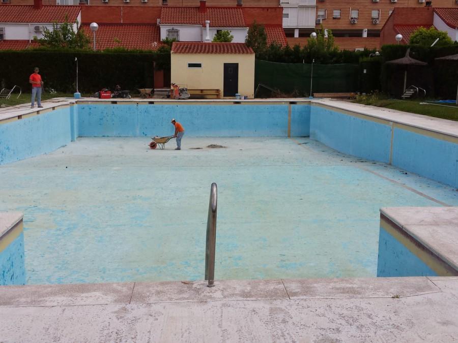 Impermeabilización de piscina pública en Sevilla